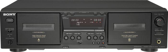双卡单录音卡座,带有自动反带,电脑选曲,带有耳机监听插孔,灵敏度0.