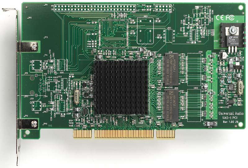 UAD-1 Ultra PAK提供对DAW最专业苛刻要求的处理能力,额外的声音质量,母带制作的处理能力,同时拥有最多最优秀的UA插件包,Ultra PAK包括UAD-1 DSP卡的全套24个强大的插件,其中拥有UA全部的经典硬件仿真插件。  UA用专利的电路技术捕获模拟信号中极其细微的差别,例如1176LN,LA-2A, Pultec EQP-1A,和Fairchild 670.